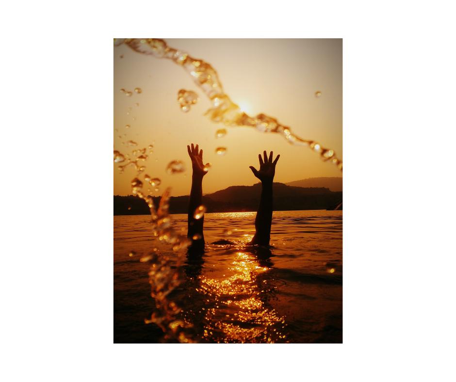 Canva - Drowning